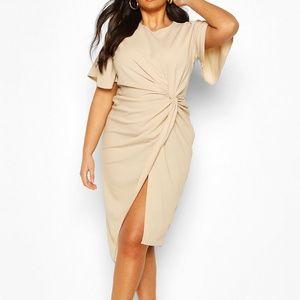 Boohoo Plus Angel Sleeve Twist Detail Midi Dress